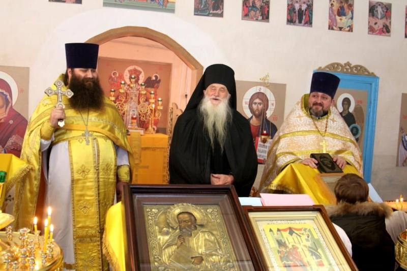 первая Божественная литургия в храме Иоанна Богослова, село Салтановка